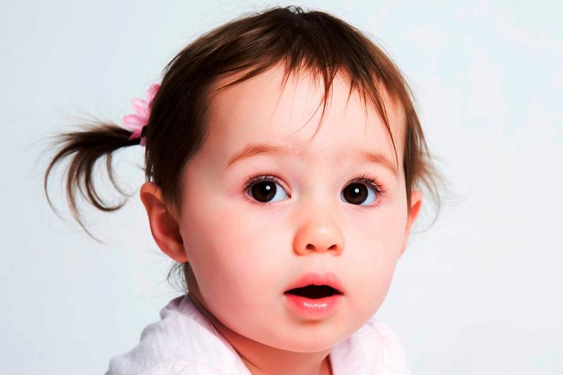 rozwoj mowy u dziecka z autyzmem